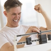 Why do men lose weight faster?